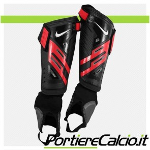 Parastinchi Nike Protegga Shield